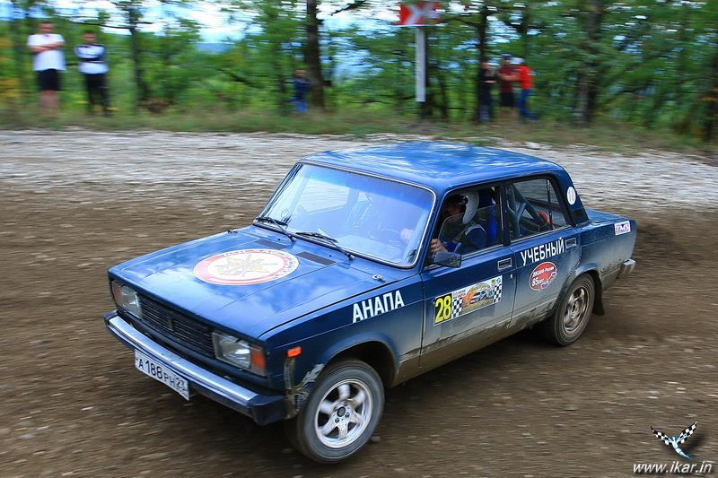 http://www.ikar.in/Rally20120922/IKAR7969.jpg